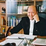 Мирзакари́м Санаку́лович Норбе́ков