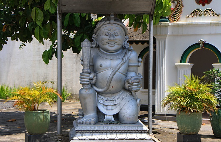 Kraton_Palace_Photo6